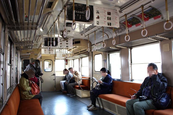 小湊鉄道の車内